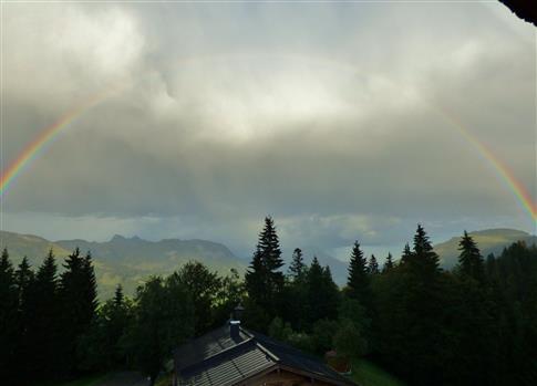 Regenbogen über St.Johann in Tirol