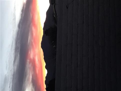 Sonnenuntergang in Arizona in den Deutschlandfarben
