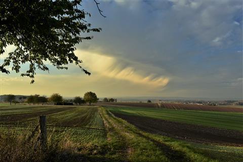 Wolkenvorhang über der Wetterau