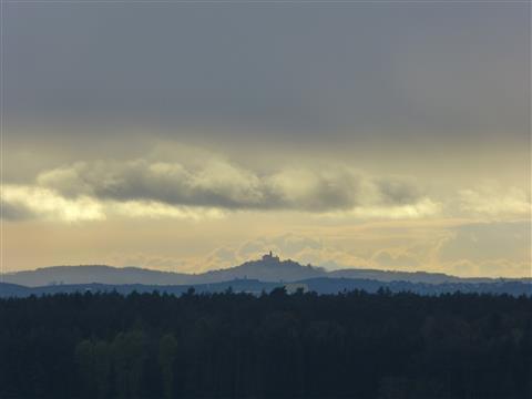 Blick ins Ries auf Schloss Baldern