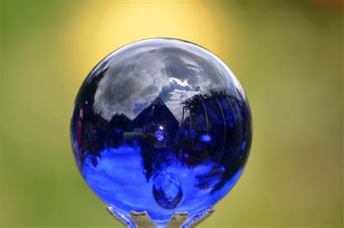 der blaue Mini-Planet