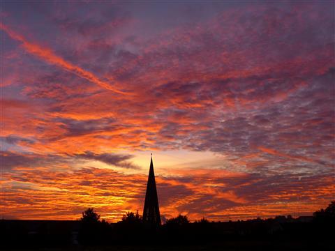 Ansbach Morgenlicht über der Friedenskirche