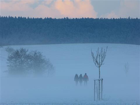 Winterspaziergänger bei Herrieden