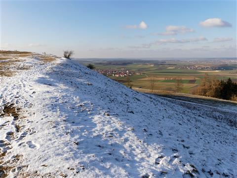 Schneegrenze am Gelben Berg bei Sammenheim