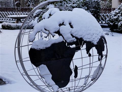 Europa unter geschlossener Schneedecke