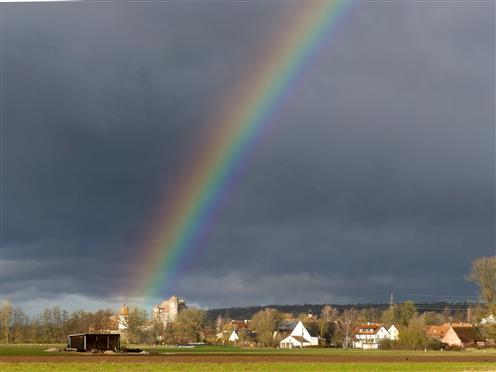 Regenbogen bei Schloss Sommersdorf