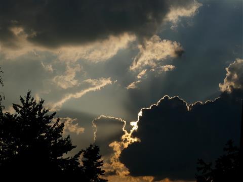 Wetterankündigungswolken