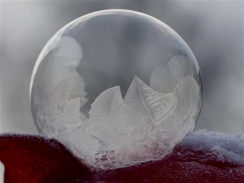 gefrierende Seifenblase