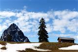 auf dem Haggenegg mit Blick zum großen Mythen, Schweiz