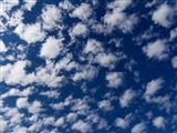 Himmel weiß blau