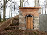 Fledermauskeller im Wald Bereich Thiergarten Triesdorf