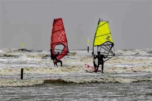 Surfen bei rauher Nordsee