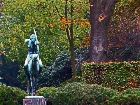 Diana im Herbst