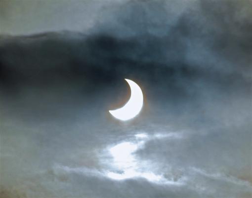 Partielle Sonnenfinsternis, 04.01.11