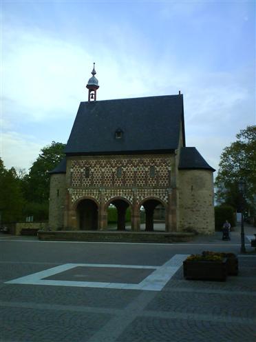 Königshalle, Kloster Lorsch