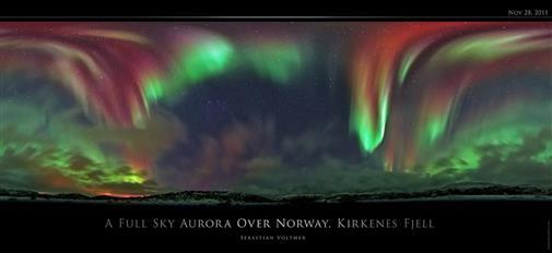 Aurora über Kirkenes, Norwegen