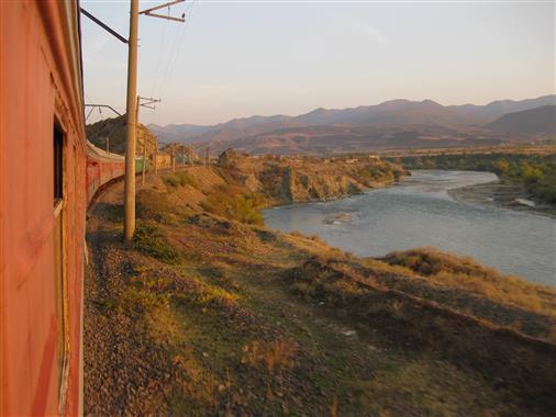 Mtkvari-Fluss in Georgien