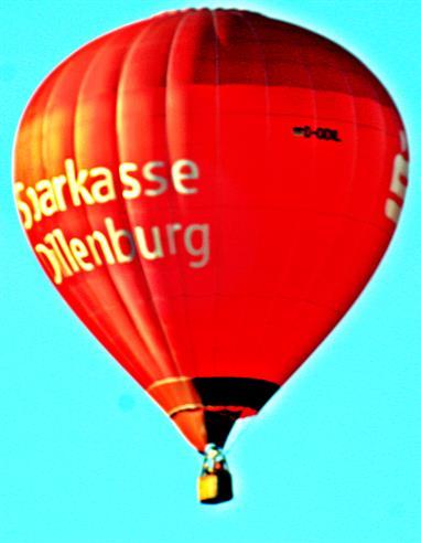 Wieder ein Heißluftballon am Himmel