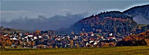 Simmersbach mit Nebelbank