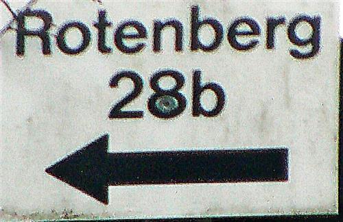 Weiteres Hausnummernschild am Rotenberg - eine andere Art der Aufteilung der Hausnummer